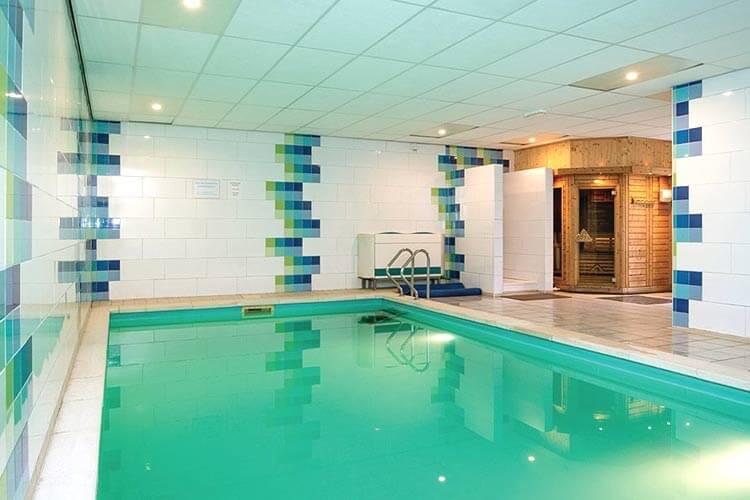vakantiehuizen met priv binnen zwembad in belgi ardennen