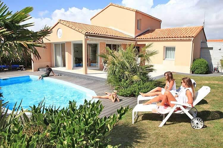 vakantiehuis met priv zwembad in noord frankrijk