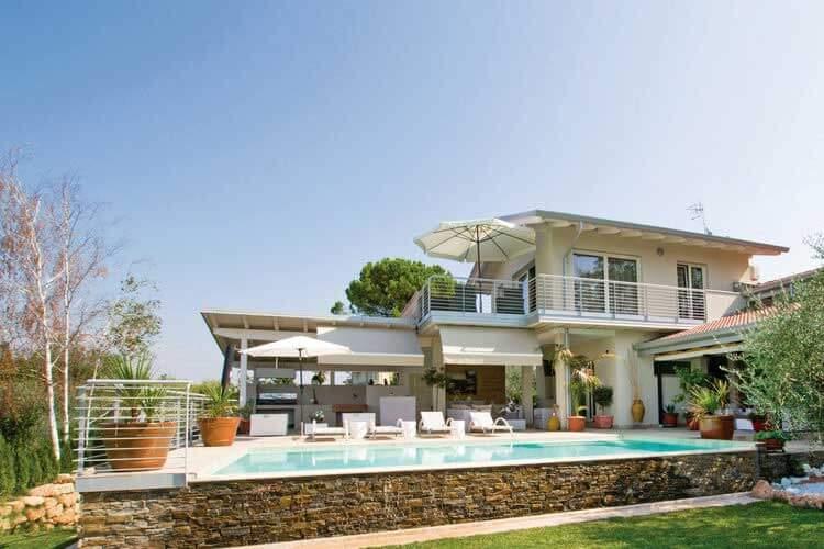 Beste Vakantiehuis met Privé Zwembad bij het Gardameer XC-24